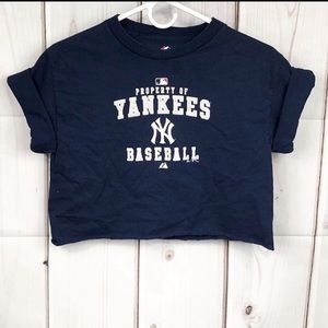 Yankees crop top!💙🤍